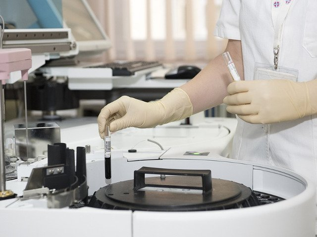"""Un pacient de la spitalul """"Sf. Pantelimon"""" a murit in urma unei transfuzii gresite de sange"""