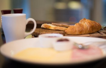 Top 7 alimente pe care sa nu le mai consumi NICIODATA la micul dejun