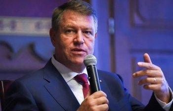 """Klaus Iohannis participa marti la dezbaterea """"Presedintele Romaniei in dialog cu mediul de afaceri"""""""