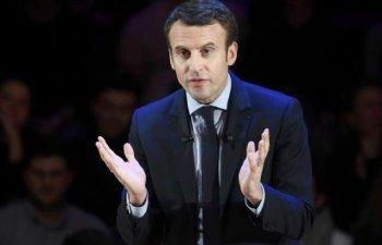 """Emmanuel Macron, un OZN politic, """"nici de dreapta, nici de stanga"""""""