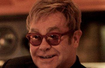 "Elton John, internat la terapie intensiva, din cauza unei infectii ""potential letale"""