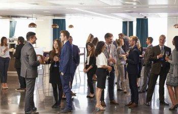 Ce presupune un networking eficient? 3 metode pentru a mari perspectivele de crestere ale unui start-up cu un buget limitat