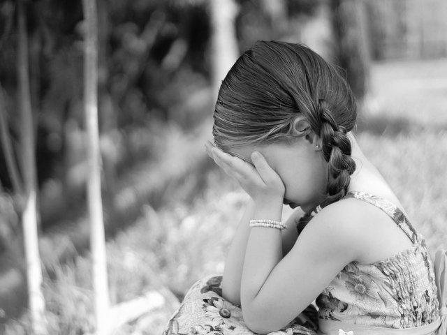 O fetita din Bucuresti a fost inchiriata de la varsta de 3 ani unui pedofil