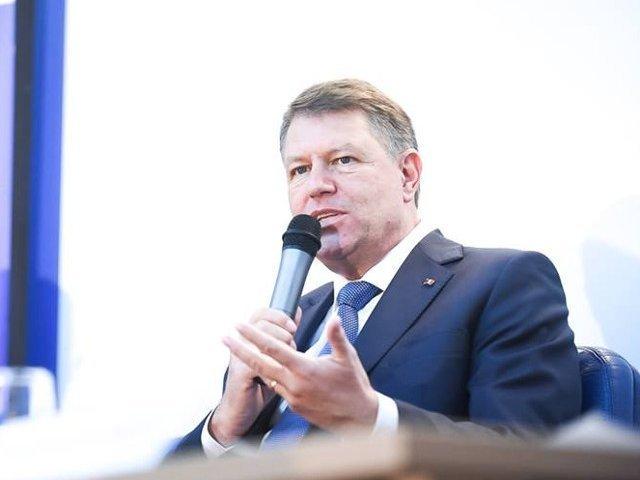 Iohannis catre parlamentari: Intrebati-va cum va arata Romania in 10 ani cu legile pe care le adoptati acum