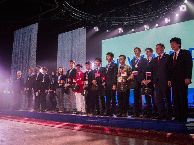 Aur si argint pentru Romania la Olimpiada Asiatica de Fizica