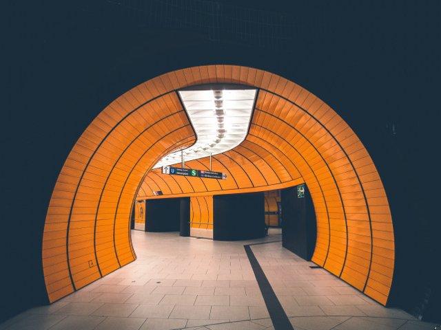 Cum poate tehnologia LED sa influenteze siguranta conducatorilor auto in tuneluri