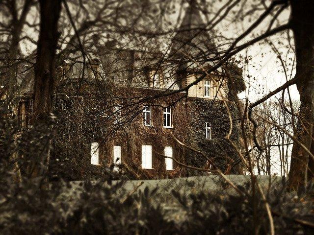 Top 10 locuri abandonate care iti vor da fiori