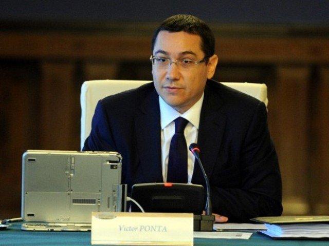 Ponta: Am rezolvat cu scara rulanta de la Aeroportul Otopeni, poate rezolvam si cu ofiterii pana vine Trump