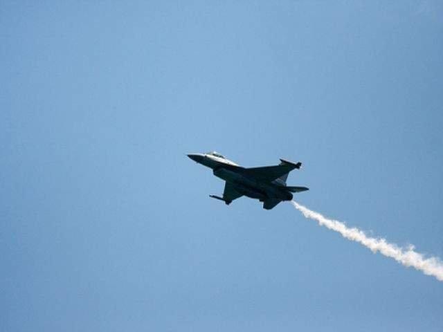 SUA acuza ca doua avioane chineze au interceptat un avion american