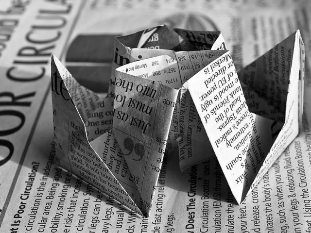 Top 7 idei pentru a folosi ziarele vechi intr-un mod inedit