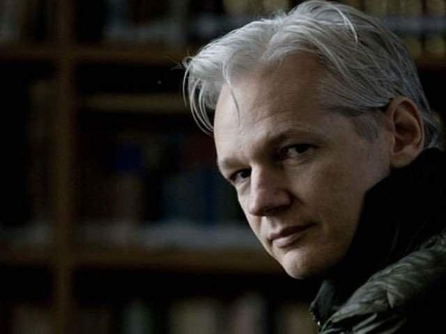 Suedia renunta la ancheta care il vizeaza pe Julian Assange