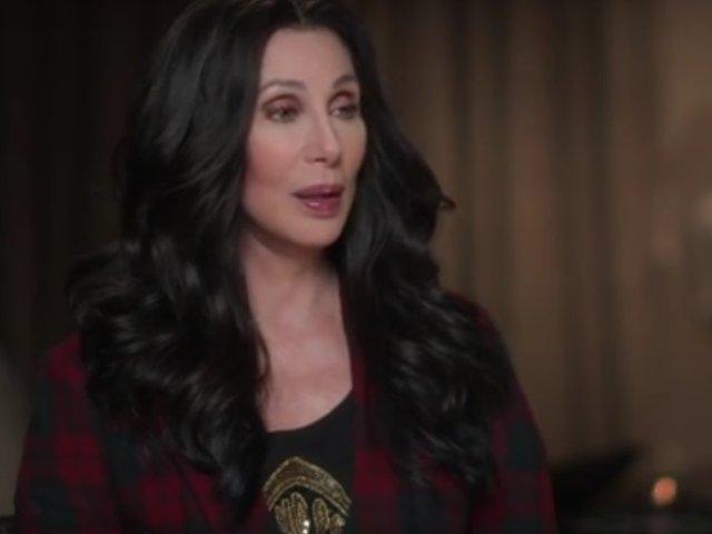Cher: Donald Trump se foloseste de Casa Alba pentru a castiga bani