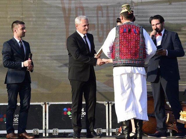 [Foto] Liviu Dragnea a primit titlul de ambasador al turismului maramuresean