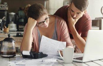 Ratele la Prima Casa vor creste, avertizeaza analistii. Cat vor plati cei care au luat un astfel de credit