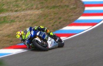 Valentino Rossi a fost implicat intr-un accident si a fost transportat la spital