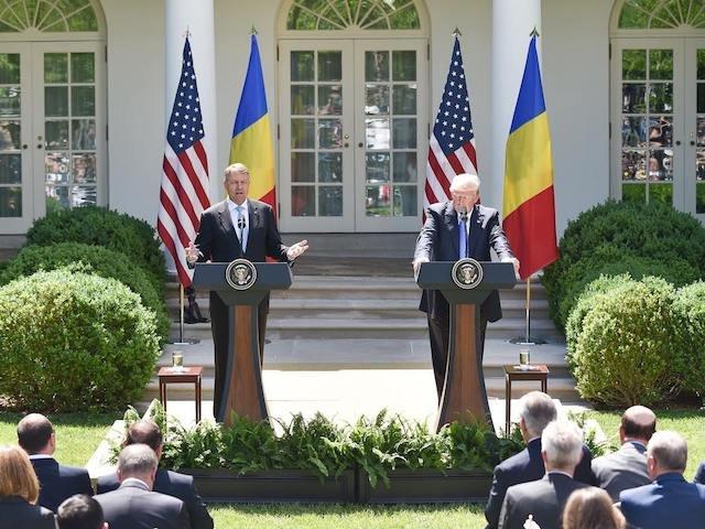 CNN: Iohannis si Trump au avut declaratii contradictorii cu privire la vizele pentru romani in timpul intalnirii de la Casa Alba