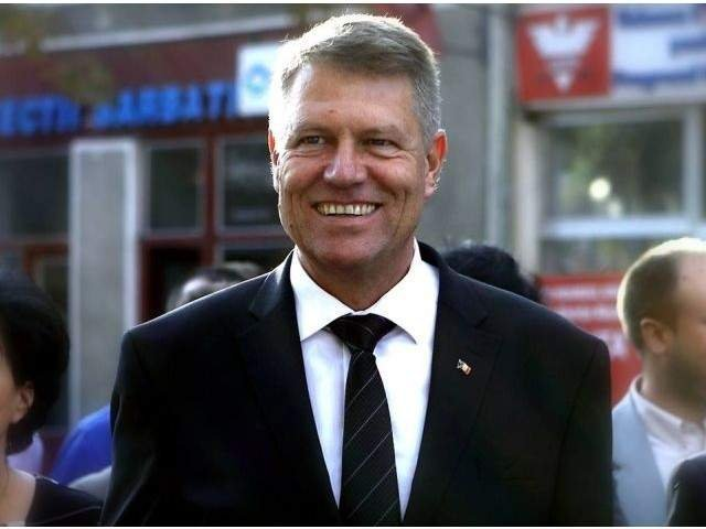 Klaus Iohannis cere Parlamentului sa reexamineze Legea privind Programul carne de porc din fermele din Romania