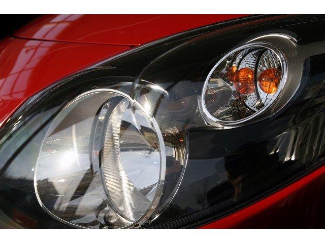 Renault, acuzat de sexism dupa ce a lansat un nou produs de corectare a zgarieturilor. Reclama a starnit mari controverse