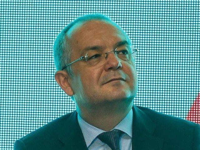 Emil Boc, despre Grindeanu: Viata de premier este grea; fara sustinere politica e foarte greu sa ramai la Palatul Victoria
