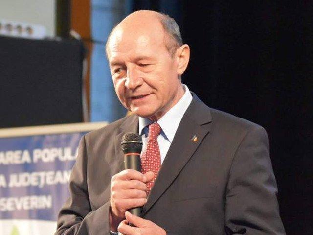 Traian Basescu: E necesar ca PSD sa fie trimis in opozitie; responsabilitatea lui Iohannis e covarsitoare in aceste zile