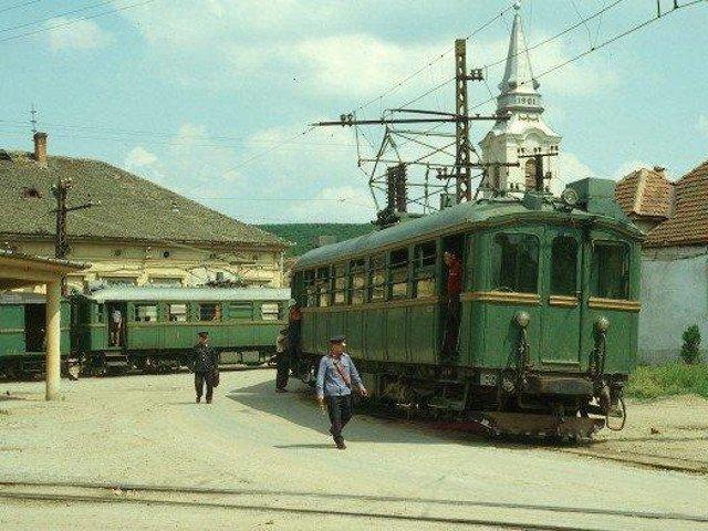 "Trenul de epoca ""Sageata verde"" e fost repus in functiune, in scop turistic"