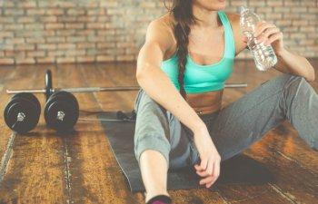 7 obiceiuri banale care te ingrasa si te imbolnavesc