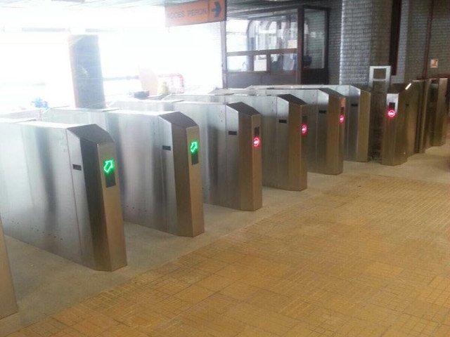 Metrorex reduce substantial perioada de executie a lucrarilor pentru instalarea noilor sisteme de taxare la statiile cu un singur acces