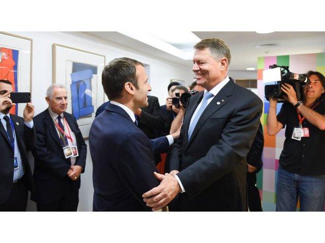 Iohannis: Intalnirea cu Macron a fost foarte, foarte buna. Am discutat si despre situatia din tara. Am asigurat ca Romania e stabila