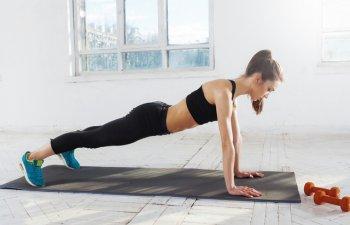 4 minute de exercitii la fel de eficiente cat o ora la sala