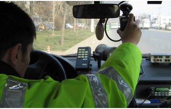 Proiect de lege: permisul va putea fi suspendat daca nu opresti la solicitarea Politiei sau daca masina emite prea multe noxe