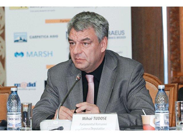 "C.T. Popescu: ""Pe Mihai Tudose il cred capabil de multe lucruri docile si servile fata de Dragnea"""