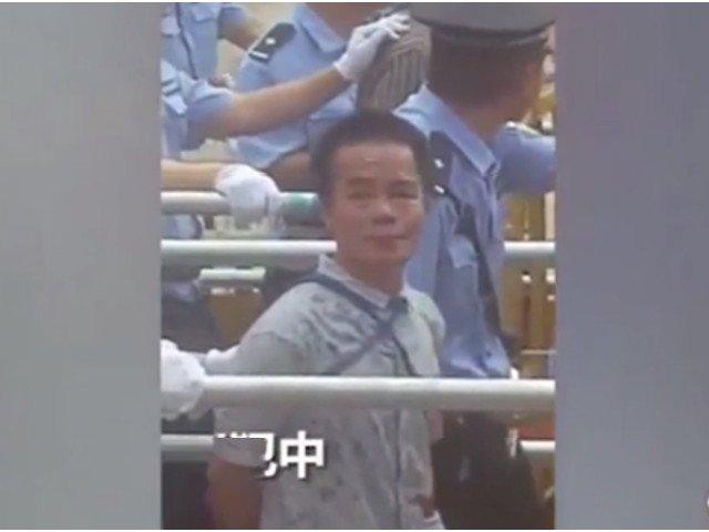 China: 13 traficanti de droguri au fost condamnati la moarte, in fata a 10.000 de oameni