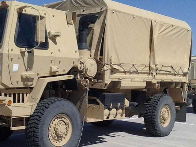 Arges: Trei militari morti, dupa ce un camion militar s-a rasturnat intr-o prapastie