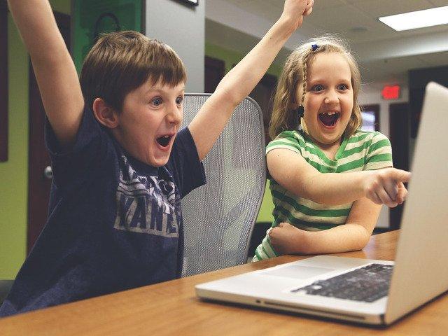 Cluj-Napoca: Expozitie cu jocuri pe calculator, create de copii