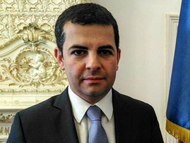ANAF pune poprire pe conturile lui Daniel Constantin in contul datoriei catre Dan Voiculescu