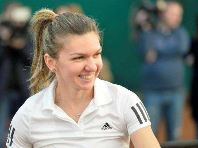 Simona Halep s-a calificat in sferturi la Wimbledon, dupa ce a invins-o pe Victoria Azarenka