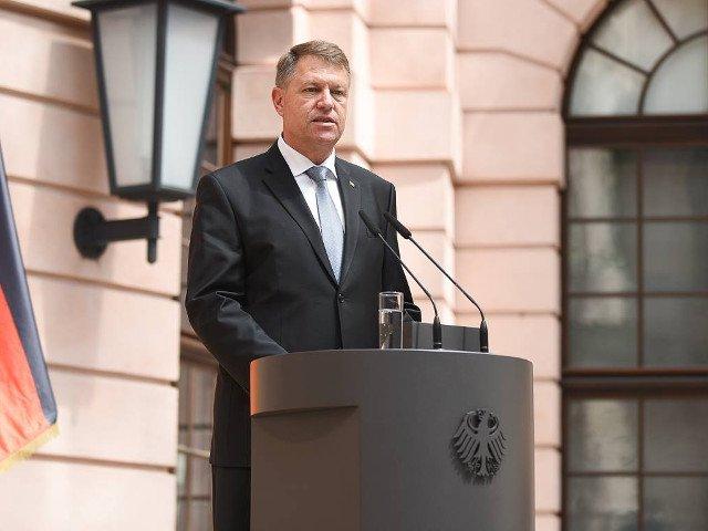 Iohannis va participa la un exercitiu multinational cu peste 25.000 de militari si 2.000 de vehicule armate