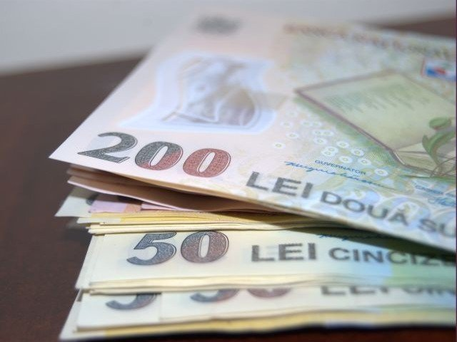 Guvernul a pregatit contributia CAS si CASS la nivelul salariului minim pentru contracte part-time