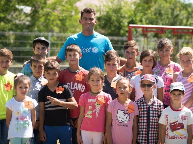 Horia Tecau: Echipa comunitara sprijina copiii sa aiba o viata mai buna