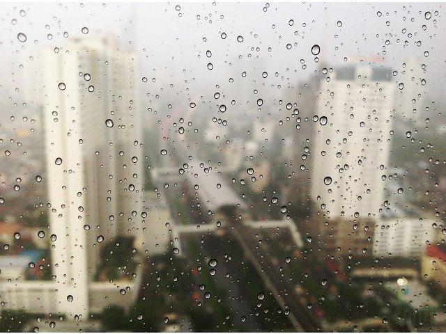 Cod GALBEN de vijelii si ploi torentiale in 24 de judete, de luni seara pana miercuri dimineata