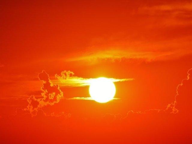 Cod ROSU de canicula in 12 judete. Temperaturile vor ajunge la 42 de grade