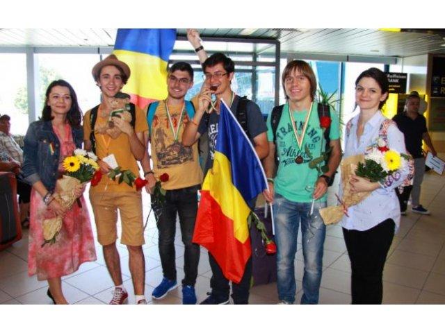 Elevii romani au obtinut patru medalii la individual si o mentiune la proba pe echipe, la Olimpiada Internationala de Lingvistica din Irlanda