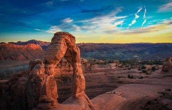 Descopera un taram de poveste! 10+ imagini din Parcul National Arches care incanta orice privire