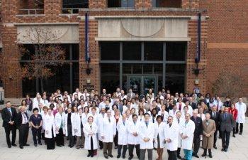 Echipa condusa de un medic roman dezvolta un test ce poate determina cancerul inainte de aparitia simptomelor