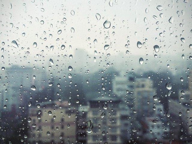 Doua noi avertizari de ploi torentiale, vijelii si grindina. Ce judete sunt vizate
