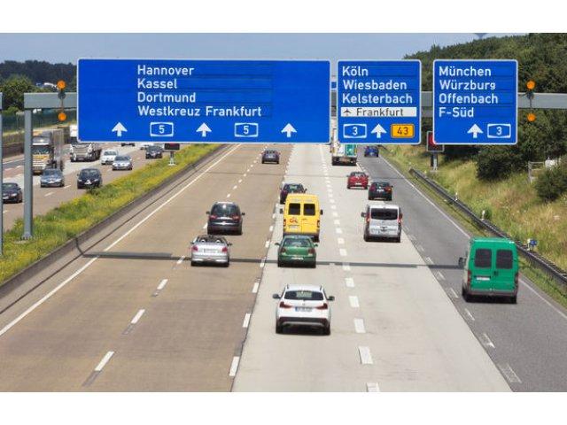 """BMW, Mercedes, Volkswagen, Audi si Porsche risca """"amenzi foarte mari"""": UE avertizeaza cartelul auto german"""