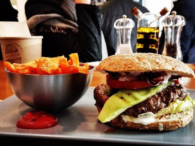 10 lucruri de-a dreptul socante care te vor face sa iti schimbi parerea despre alimente