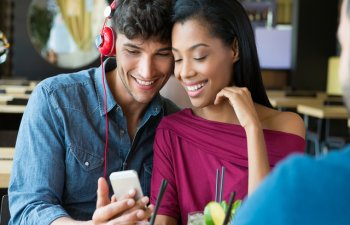 5 obiceiuri toxice considerate normale intr-o relatie