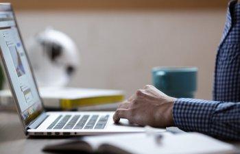 Demers pentru digitalizarea Romaniei: Antreprenorii din tara vor primi consultanta intensiva in online