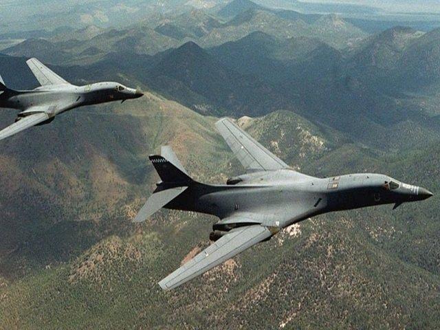 SUA a simulat bombardamente deasupra Peninsulei Coreea